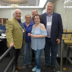 Lynne Scott Cadieux receives her 25 year pin